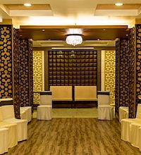 S & F Banquet By Spices & Flavours Fort AC Banquet Hall in Fort