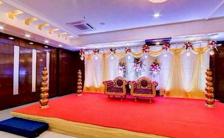 Earth Golden Banquets Charni Road AC Banquet Hall in Charni Road