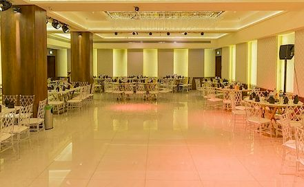 Malad De Grande Malad West AC Banquet Hall in Malad West
