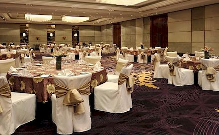 Holiday Inn Sector 15,Noida 5 Star Hotel in Sector 15,Noida