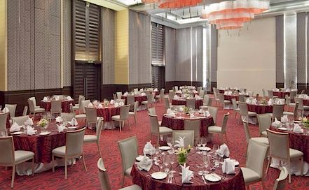 Holiday Inn Andheri 5 Star Hotel in Andheri