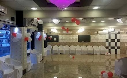 Hotel Welcome Palace Dumas AC Banquet Hall in Dumas