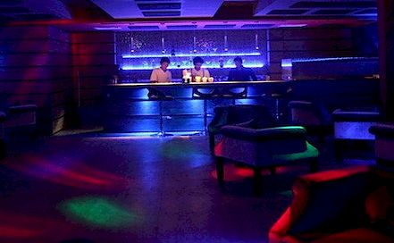 Lets Party Amanora Lounge in Amanora