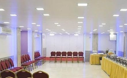 Shree Banquet Hall Kalbadevi AC Banquet Hall in Kalbadevi