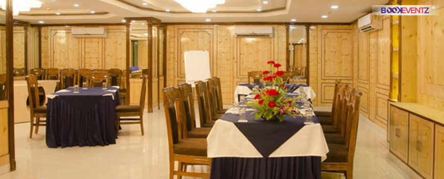 Hotel Thames International Kolkata. Banquet hall in Hazra